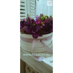 Virágbox 22 cm átmérőjű henger dobozban