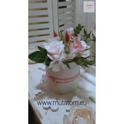 Virágbox 12 cm átmérőjű henger dobozban